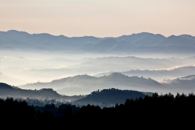 Rwanda Land of a Thousand Hills - iStock - Guenterguni.jpg